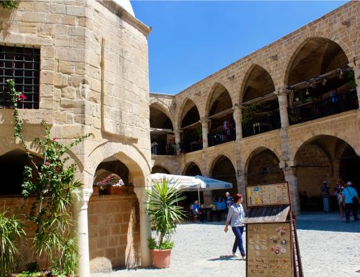 karavane station nicosia, oplevelser i nicosia, opleveser i lefkosa, opleveser på nordcypern, nordcypern hovedstad,