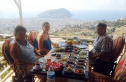 Lissi sommer, gæsteblogger, rejseblogger, tyrkisk morgenmad