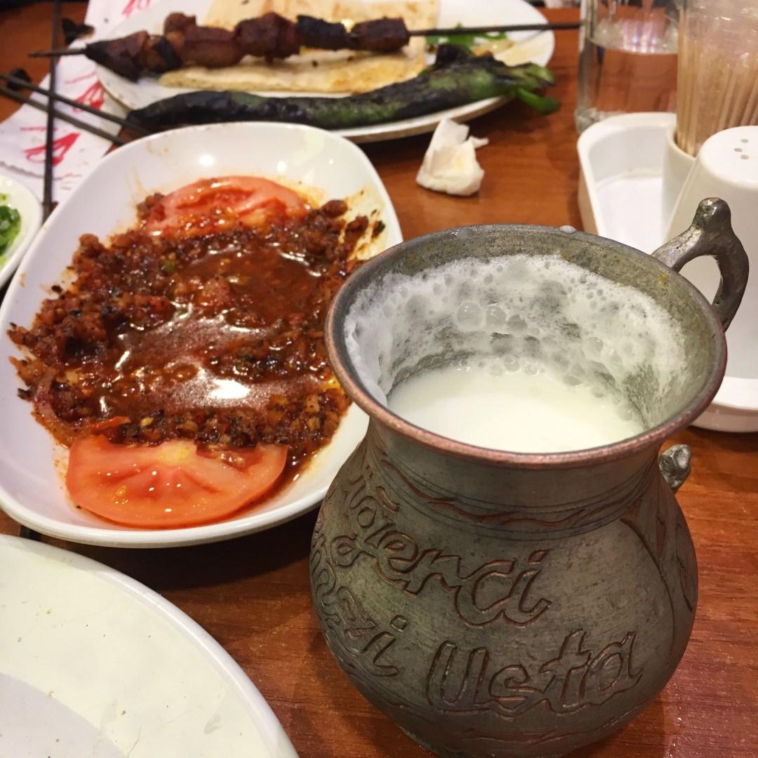 ayran, hjemmelavet ayram, tyrkisk mad, mad fra tyrkiet, tyrkiske opskrifter, rejseblog,