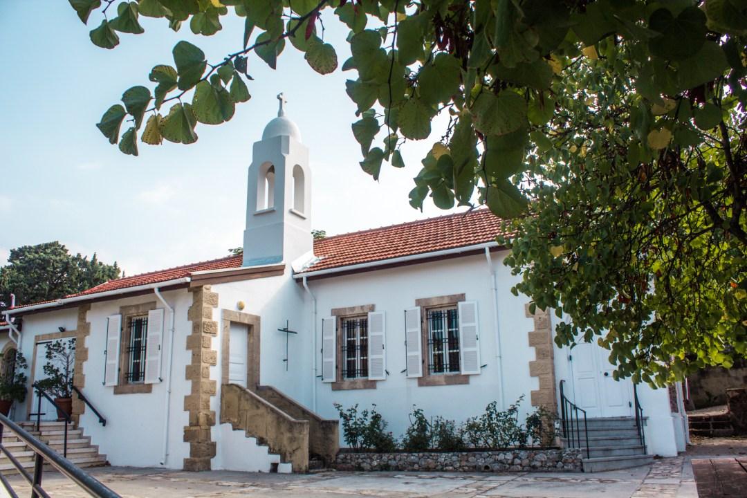 St. Andrew kirke, kirke på nordcypern, St. Andrew kirke i Girne, afrikansk gudstjeneste, seværdigheder på Nordcypern, Seværdigheder i Girne, Seværdigheder i Kyrenia, hvad kan man lave på Nordcypern, Seværdigheder på Cypern, Cypern guide