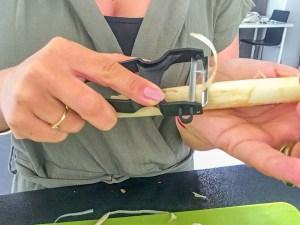 sådan knækker du asparges, sådan laver du asparges, tilberedning af hvide asparges, hvide asparges,
