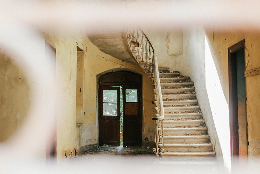 Forladte bygninger Cypern, abonned houses Cypern, Seværdigheder i Nicosia, Cypern krise,