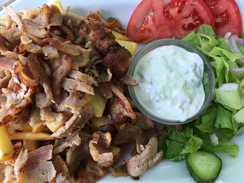 græsk kebab, kebab fra Grækenland, * Gyros, Souvlaki, Souzoukaklia,