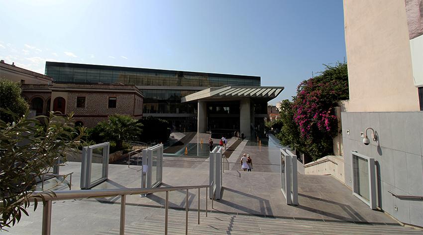 Akropolis museum, nyt Akropolis museum, seværigheder i Athen, oplevelser i Athen, must se oplevelser i Athen, pathenon athen,
