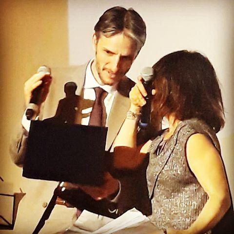 Paolo Donadoni e Daniela Capurro al momento della consegna del premio ad Annalaura Carano Warner Bros Pictures
