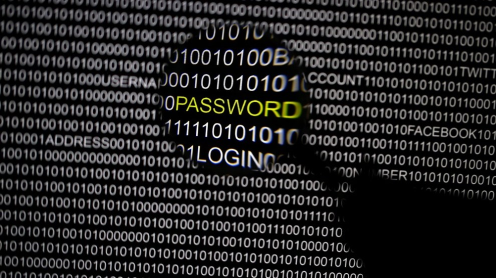 """Google exposes """"POODLE"""" flaw in SSL 3.0,"""