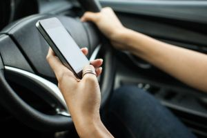 Govt to come up with road safety apps m-parivahan and e-challan