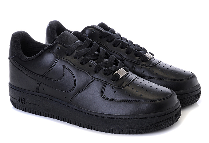 Nike Air Force 07 Negras