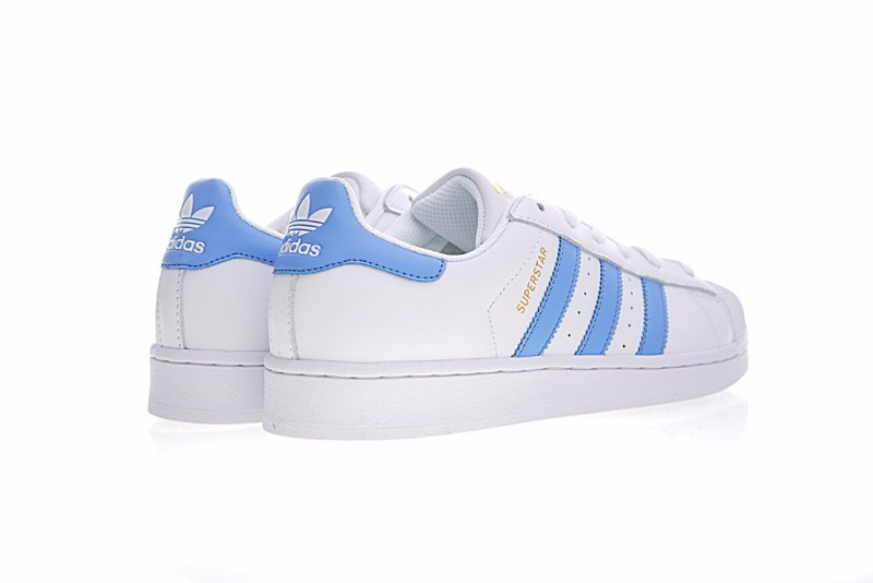 Adidas Superstar Blanco y Azul Claro