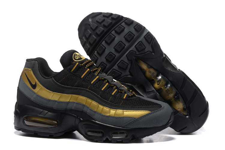 Nike Air Max 95 Negro/Dorado