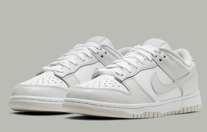 Nike Dunk Low Photon Dust