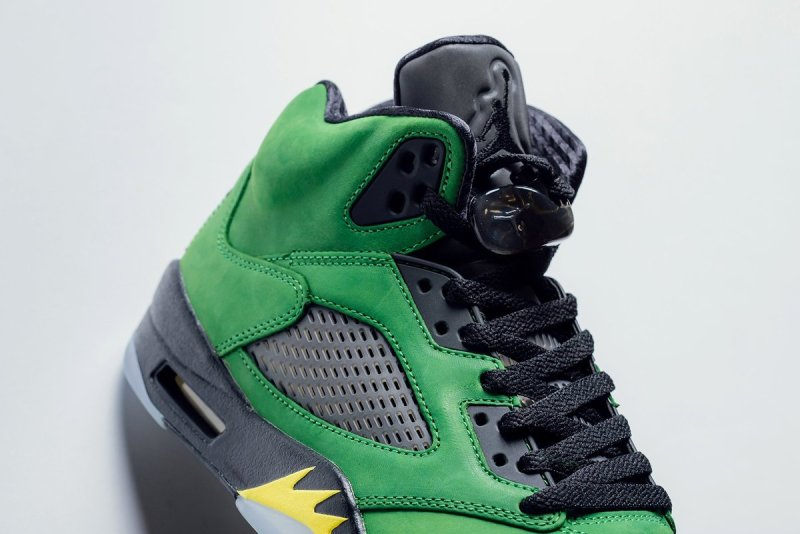 Air Jordan 5 Retro Oregon Ducks Elevate