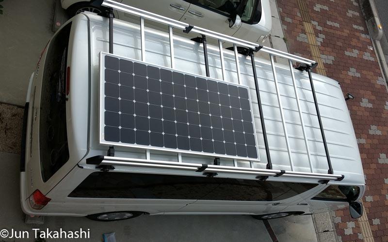 ハイエース車載ソーラーシステムソーラーパネル