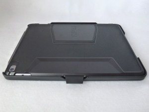 Thule Atmos X3 for iPad Air 2: Back Closed View