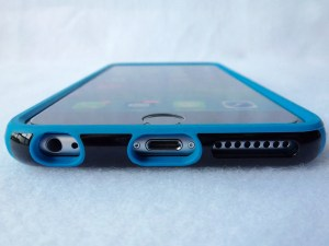 Speck Candyshell Grip for iPhone 6 Plus: Front Bottom View
