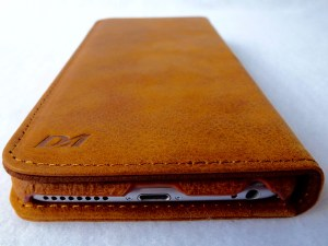 Artisan Wallet Case for iPhone 6 Plus: Closed Back View