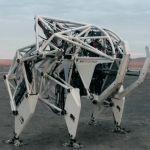 巨大ロボットを思わせる外骨格「Furrion Exo-Bionics」が圧巻