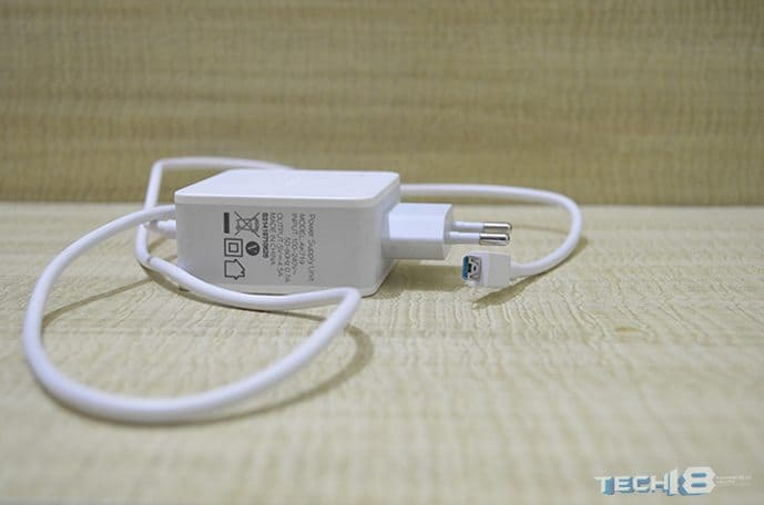 oppo_find_7_review_X9076_adapter_tech18