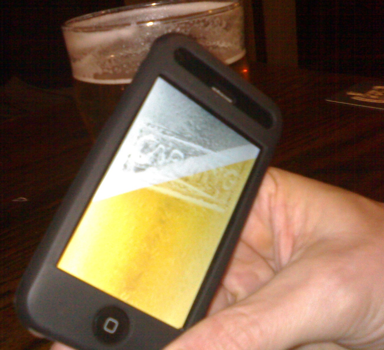 Tipping the iPhone pint
