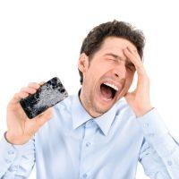 Öngyógyító kijelzőre gyúr a Motorola?