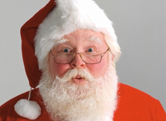 Click your Santa in a great way with the help of photo tips