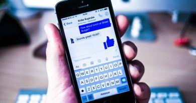 Facebook Messenger App Locale Example Screenshot Messaging Texting