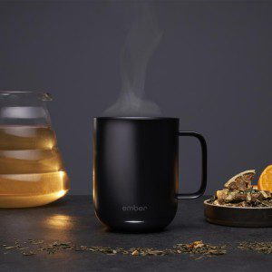 ember_ceramicMug_black_with_tea_760x