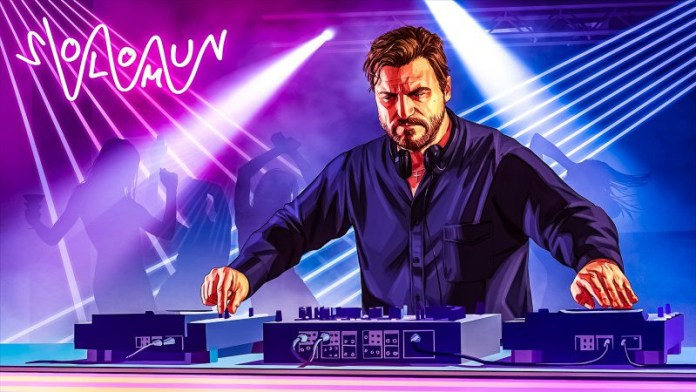 GTA V Online New Addon Content Update After Hours Nightclub Management Disco Clubbing DJ Solomun Turntable Mixing Console Lights Dancing
