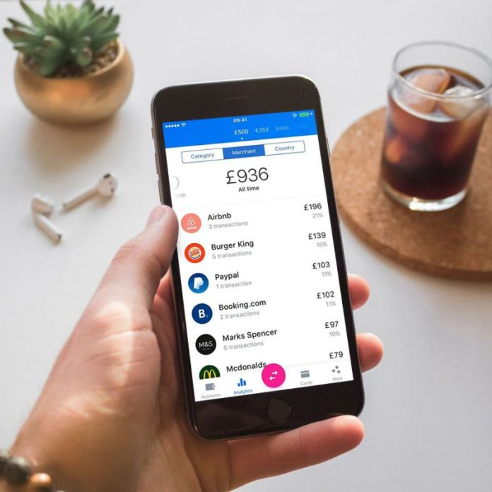 Revolut App Screenshot Lifestyle Kit