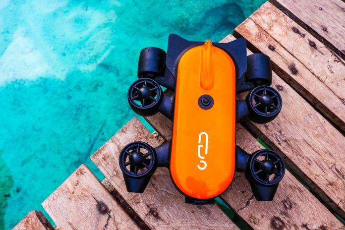 Titan Underwater RC Drone Taking 4K Images Videos Kickstarter Gennoinno Startup China