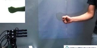 Janken Robot always wins at Rock-Paper-Scissors