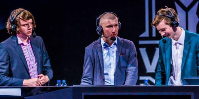 Esports Gamecasters Moderators Commentary Young Group Men Gaming Event Tournament
