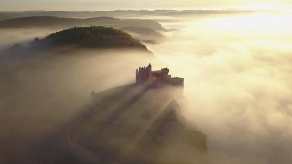 HOsiHO Aerial Drone Footage Network France Example Photography Castle Clouds Sun