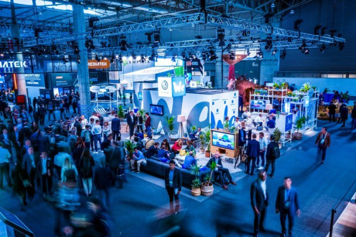 Robert Schlesinger Volkswagen We Booth MWC Barcelona 2019 Top View vivid large