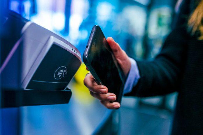 Mobile Payments App FinTech Startup Unicorn Revolut B2B Market Entry News Report Feature