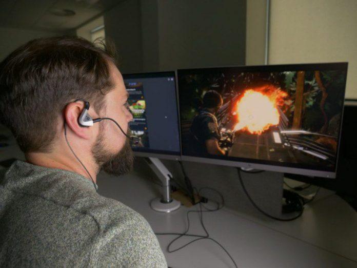 Eilidh Drown Gaming Tactile Audio Ear Piece Tech Gadgets Man Video Games Testing