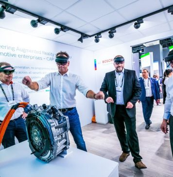 HoloLens-2-Demo-with-Bosch-in-Microsoft-IAA-Booth-Smart-Office-Tech-Retrofitting-Proptech-Article-Industry-Experts