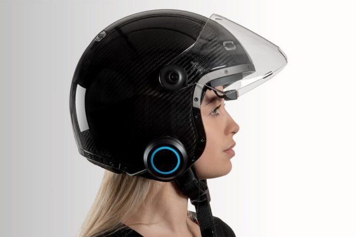 EyeRide EyeLights Smart Helmet Head-Up Display Smart Navigation Safety Technology Woman Wideview