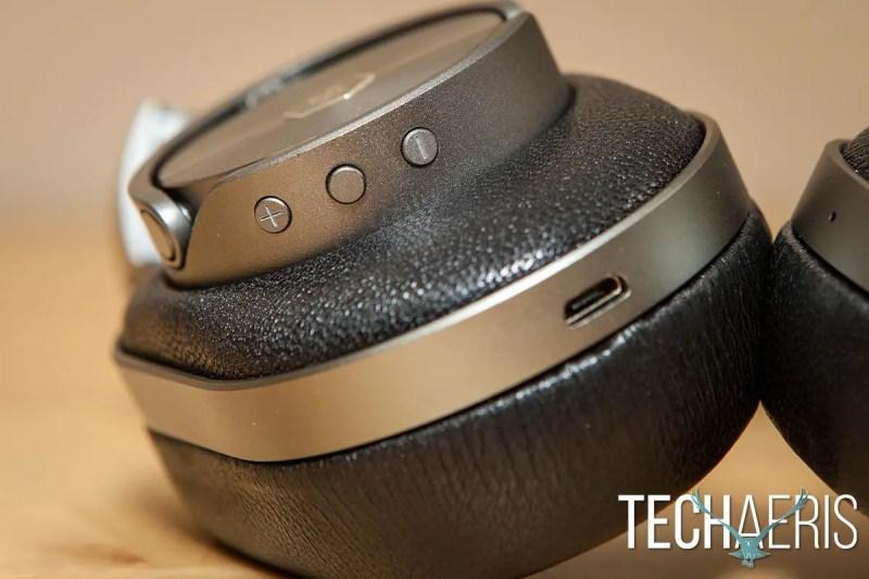 MW60-Headphones-Review-037
