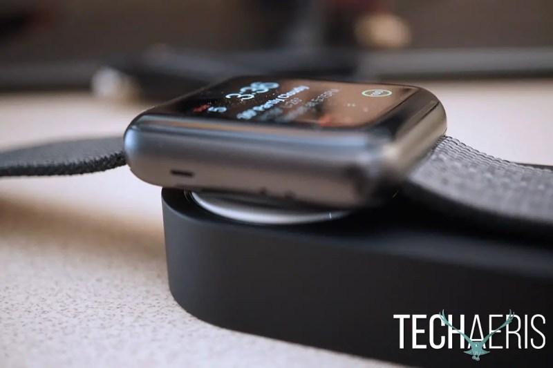 Ugreen Apple Watch power bank