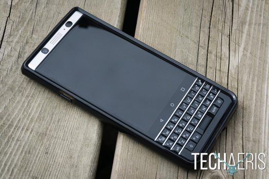 Incipio-Octane-Pure-review-BlackBerry-KEYone-07