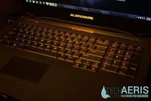 Alienware-17-Review-Orange-LED