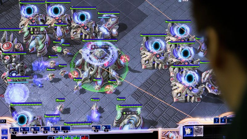 A gamer of the SK Telecom T1 professional video-game team, plays StarCraft II.