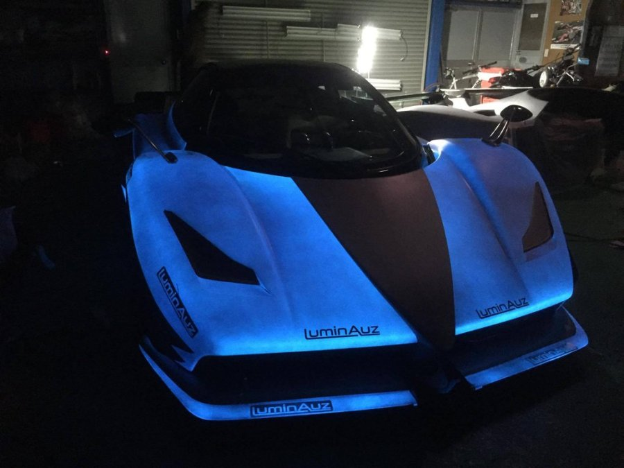 Zonda with Luminescent paint