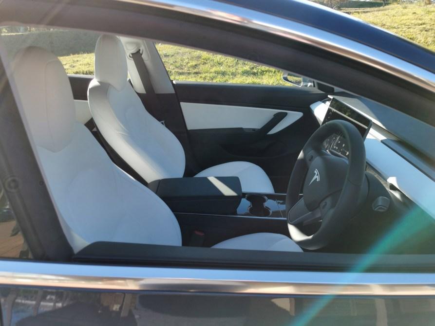 Tesla Model 3 S Premium Interior Audio Turns The Car Into A Cinema On Wheels Techau