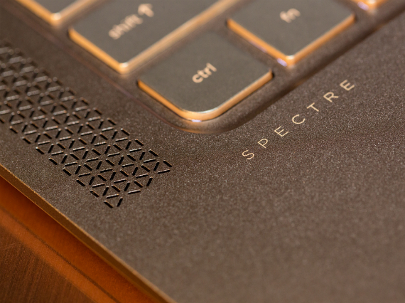 HP-Spectre-13-06-570