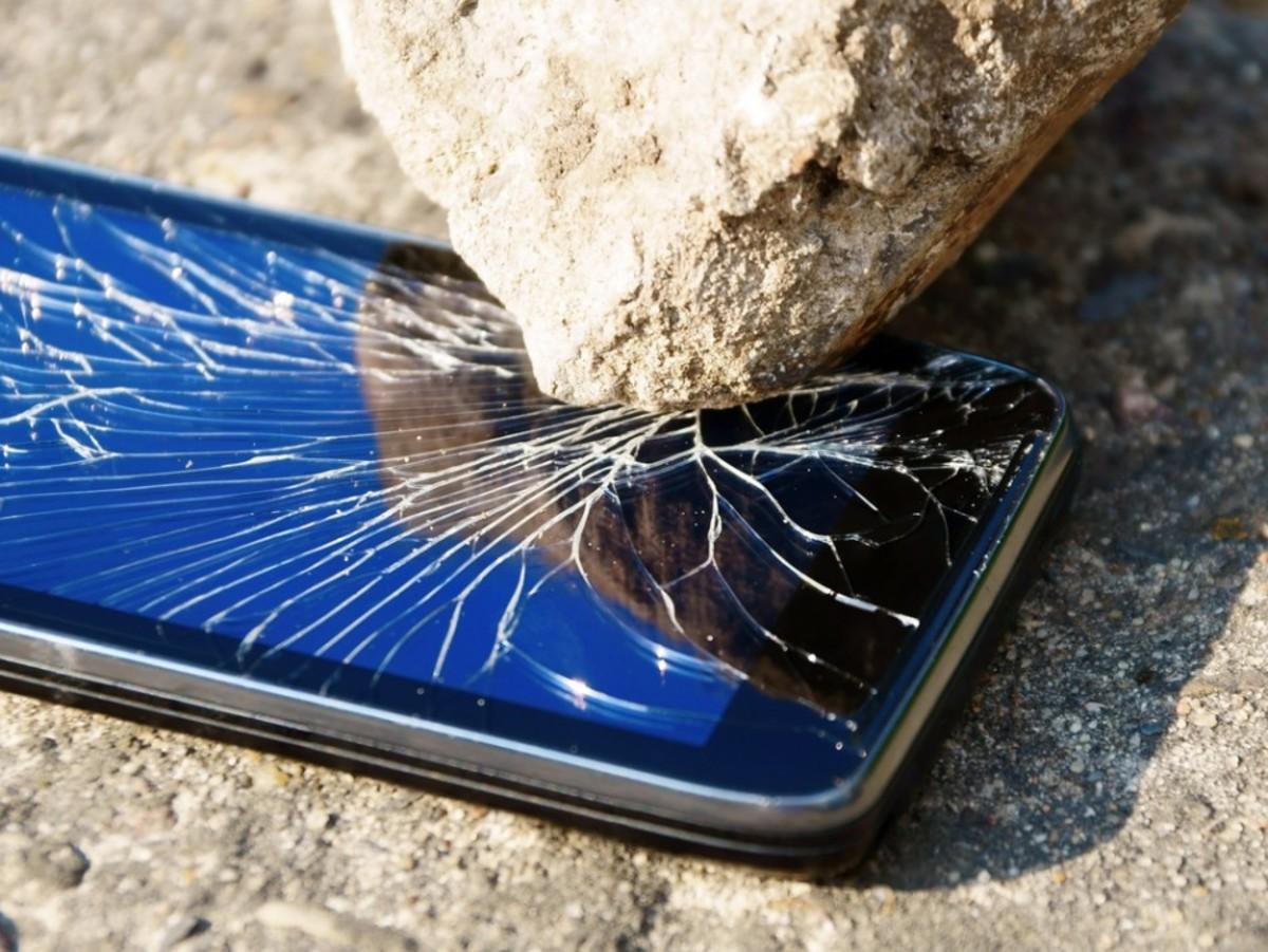 Punya Ponsel Rusak? Inilah Cara Memindahkan Data Anda dengan Aman Ke Ponsel Baru