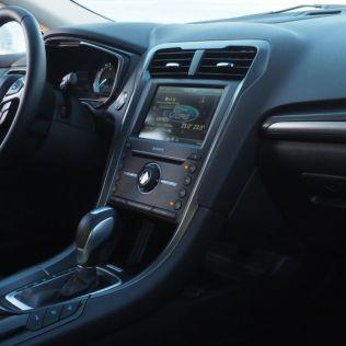 Ford Mondeo 2-0 Hybrid 08