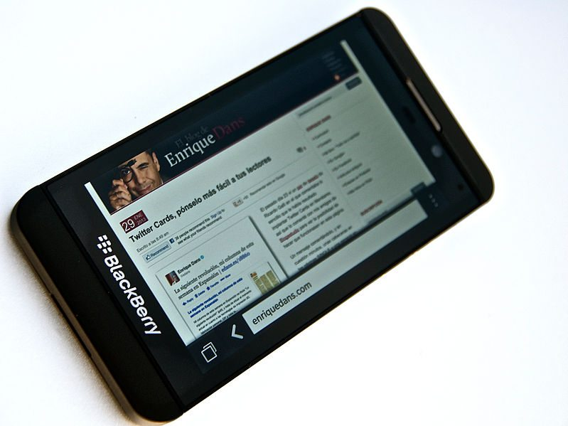 BlackBerry Adapts BBM for iOS & Android: Understanding the Strategy