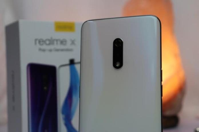 realme x pop up selfie camera
